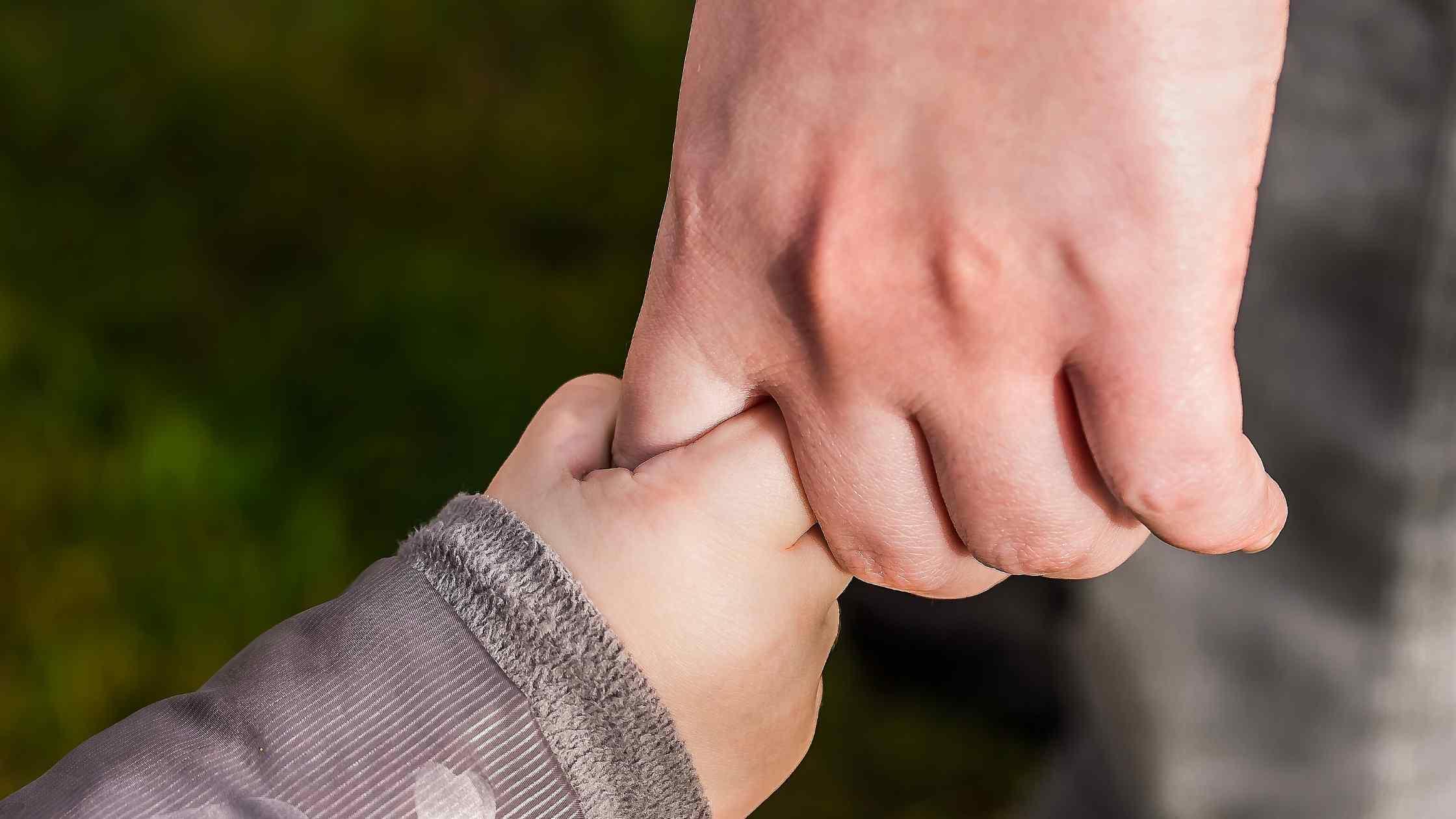 Ketika Bayi Bau Tangan Tumbuh Menjadi Anak yang Percaya