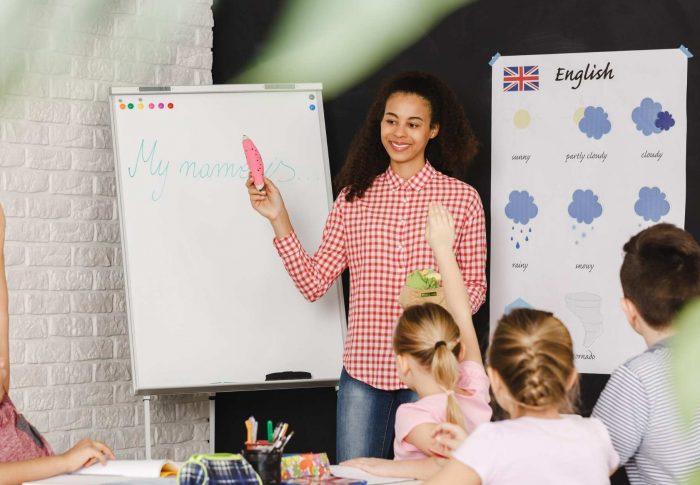 Pengalaman Mengajar Bahasa Inggris